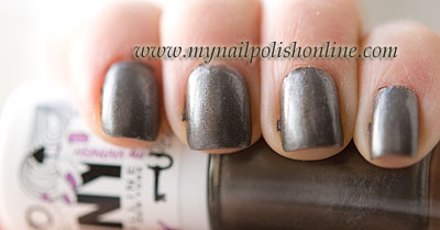 MNY 669 on the nails