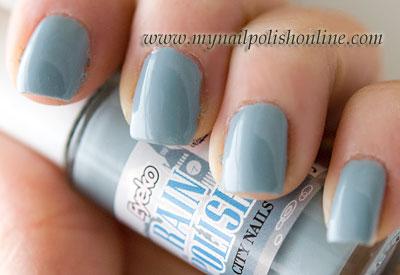 Eyeko Rain Polish - On my nails