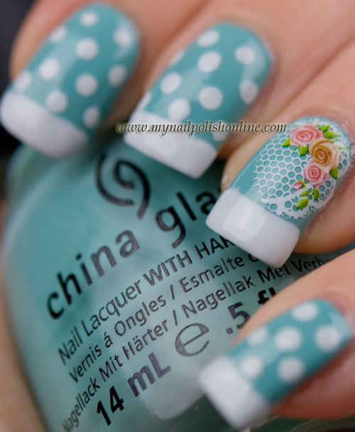 Dots and water decal