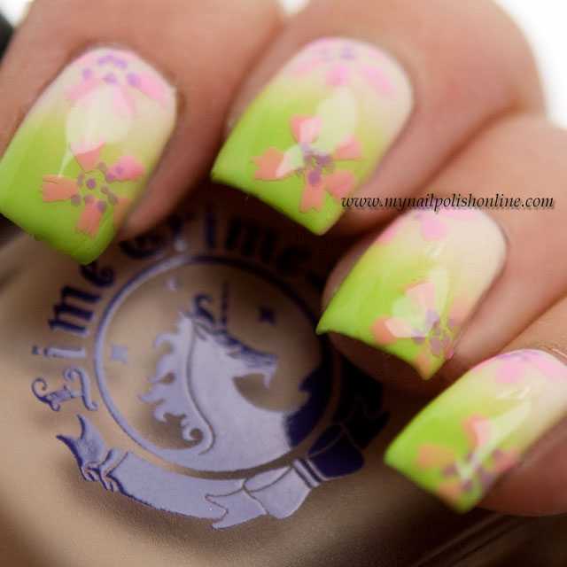 Spring gradient with flowers