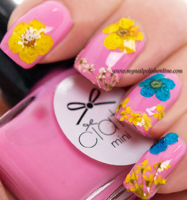 Guest post at Eleven.se with Ciaté Flower Manicure