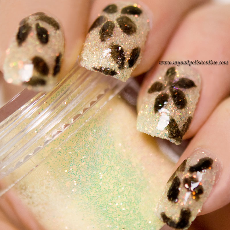 Black flowers on yellow loose glitter