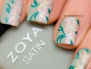Nail Art - Matte subtle flowers