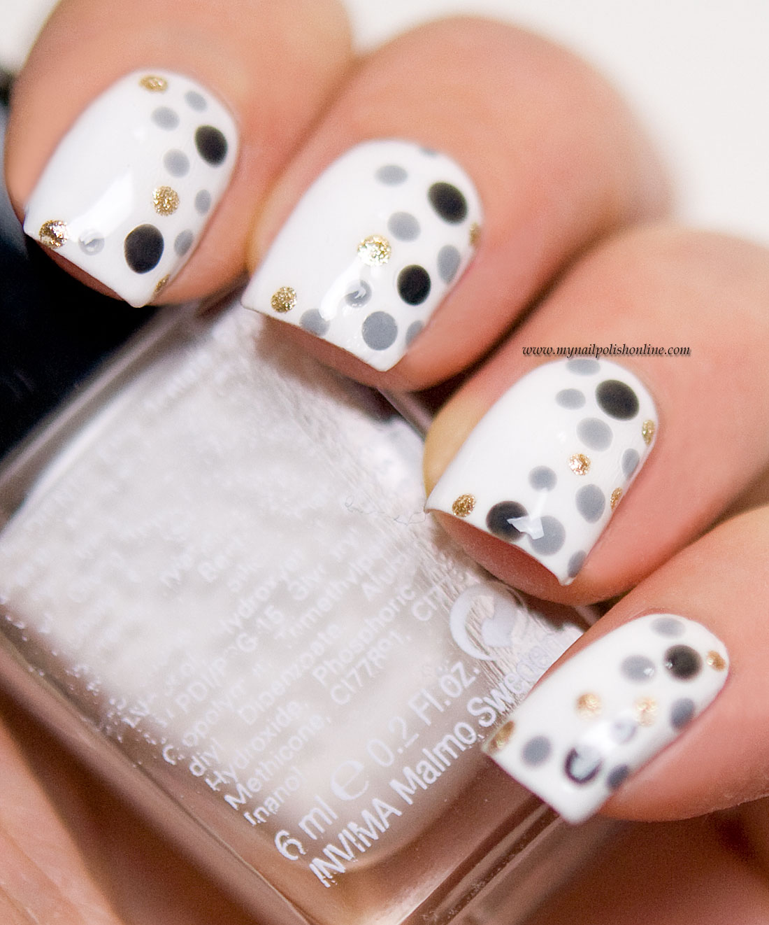 31DC2015 - Day11 Polka Dots
