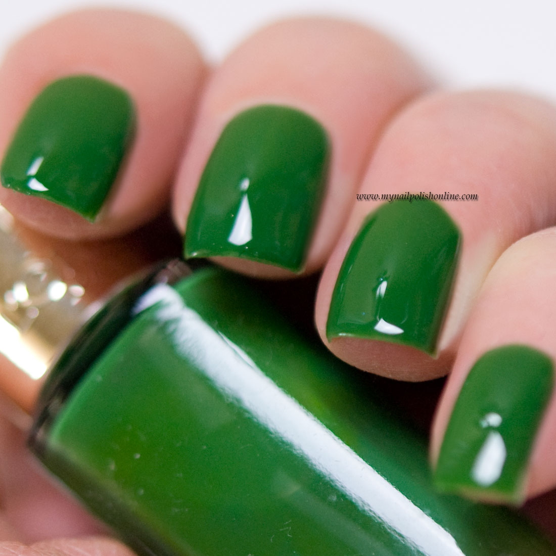 L'Oreal - Green Couture