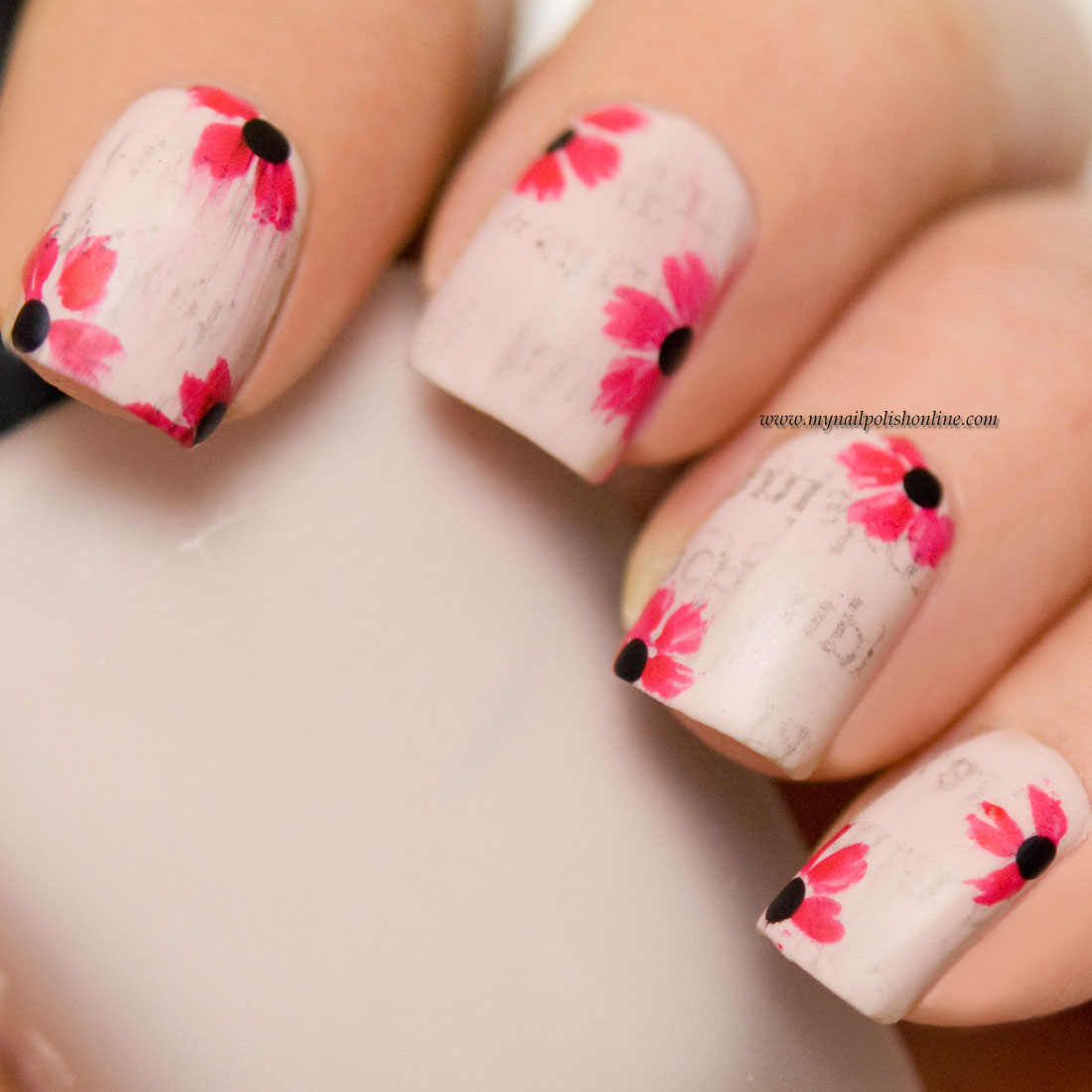Amazing How To Newspaper Nails Festooning - Nail Art Ideas ...