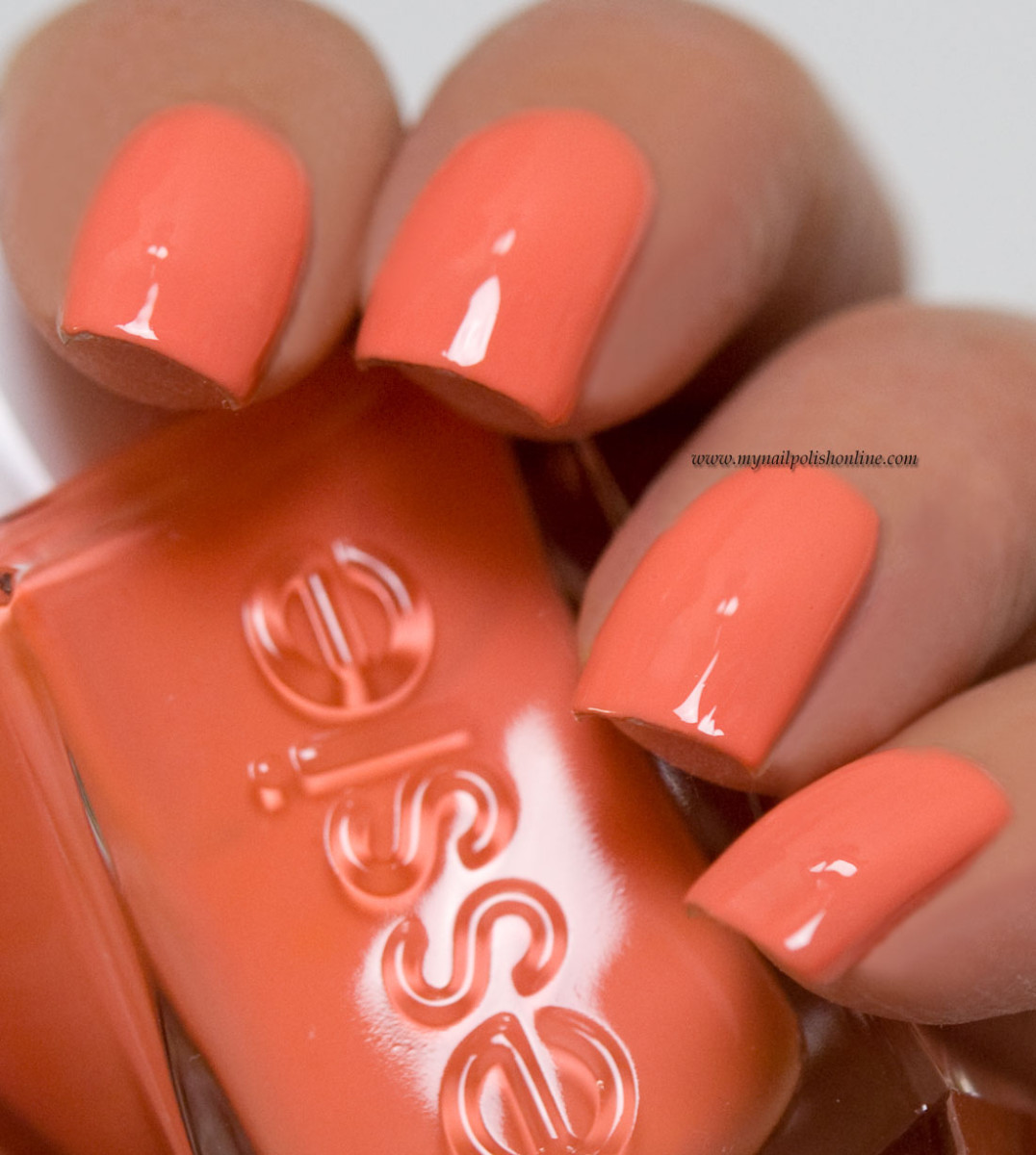 Essie - Looks to Thrill - My Nail Polish Online