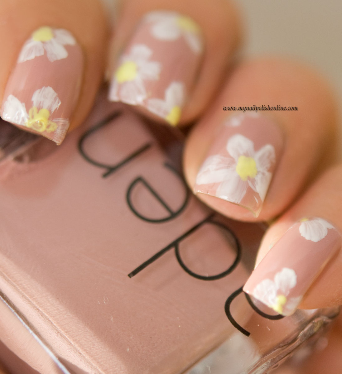 Nail art Sunday - Floral manicure
