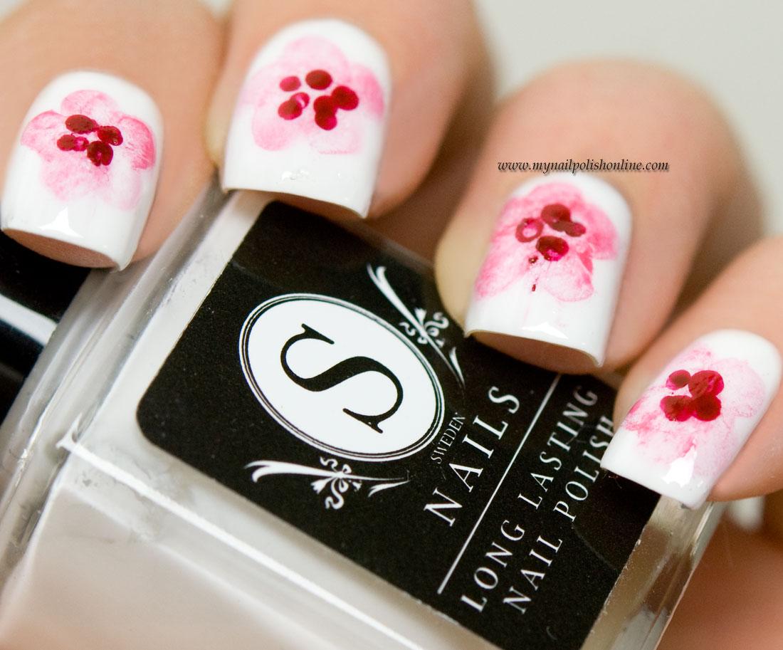 31DC2016 - Flower Nails