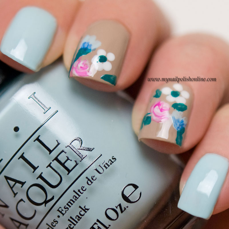 Midsummer nail art
