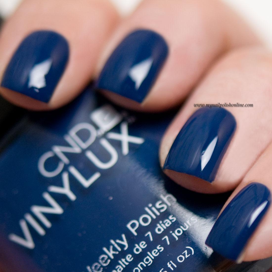 CND Vinylux - Winter Nights