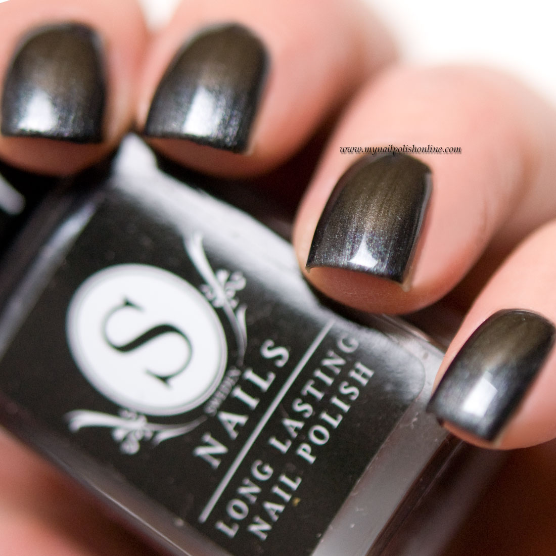 Sweden Nails - Mysterious