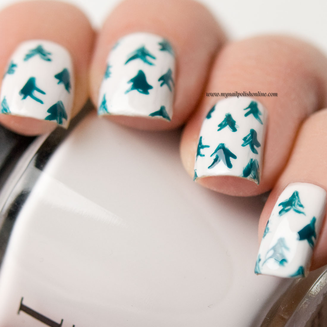 Nail Art - Winter Trees