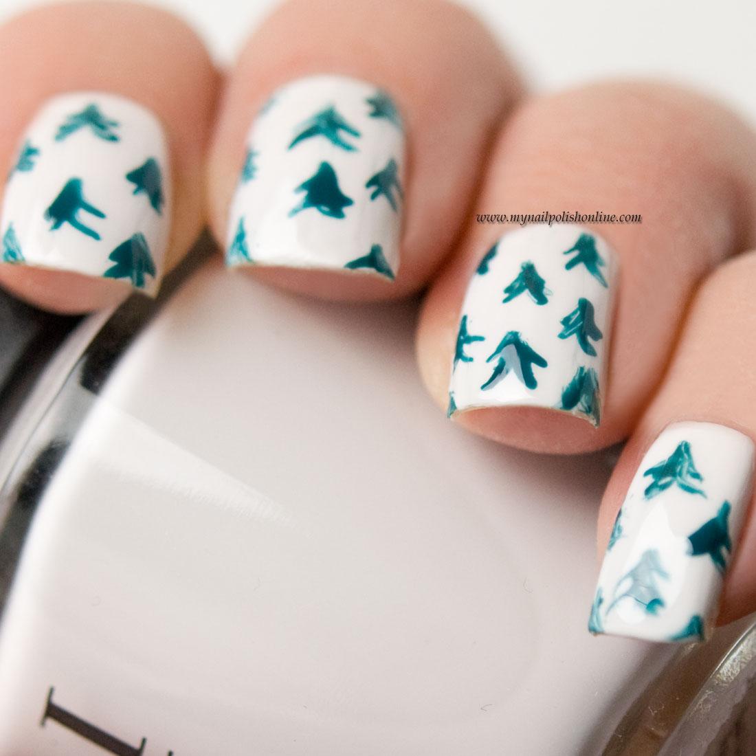 Nail Art - Winter Trees