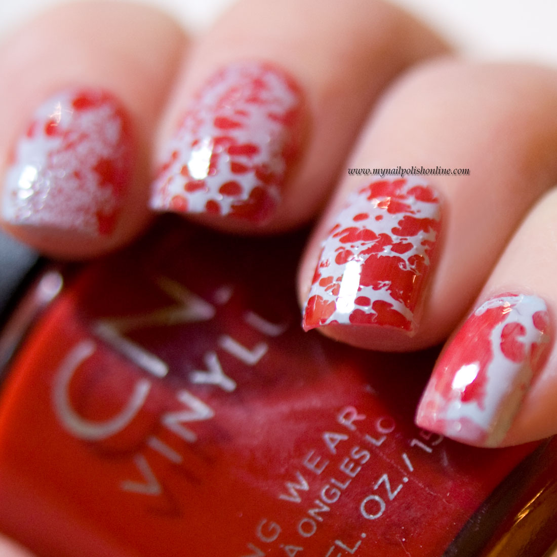 Nail Art on red